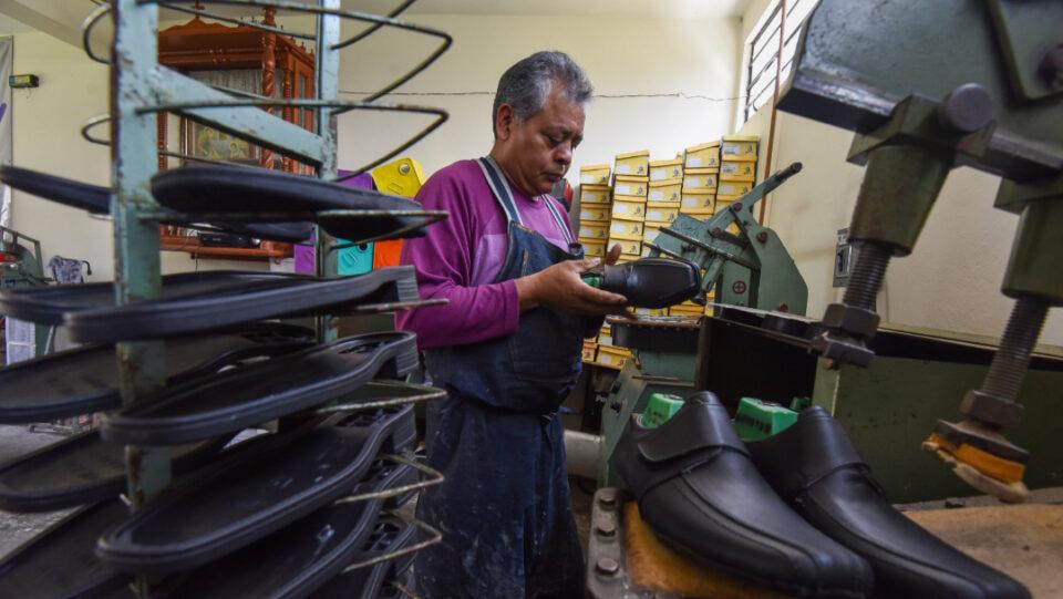 Actividad económica en México cayó 2.6% anual en marzo: Inegi –  Potosinoticias.com